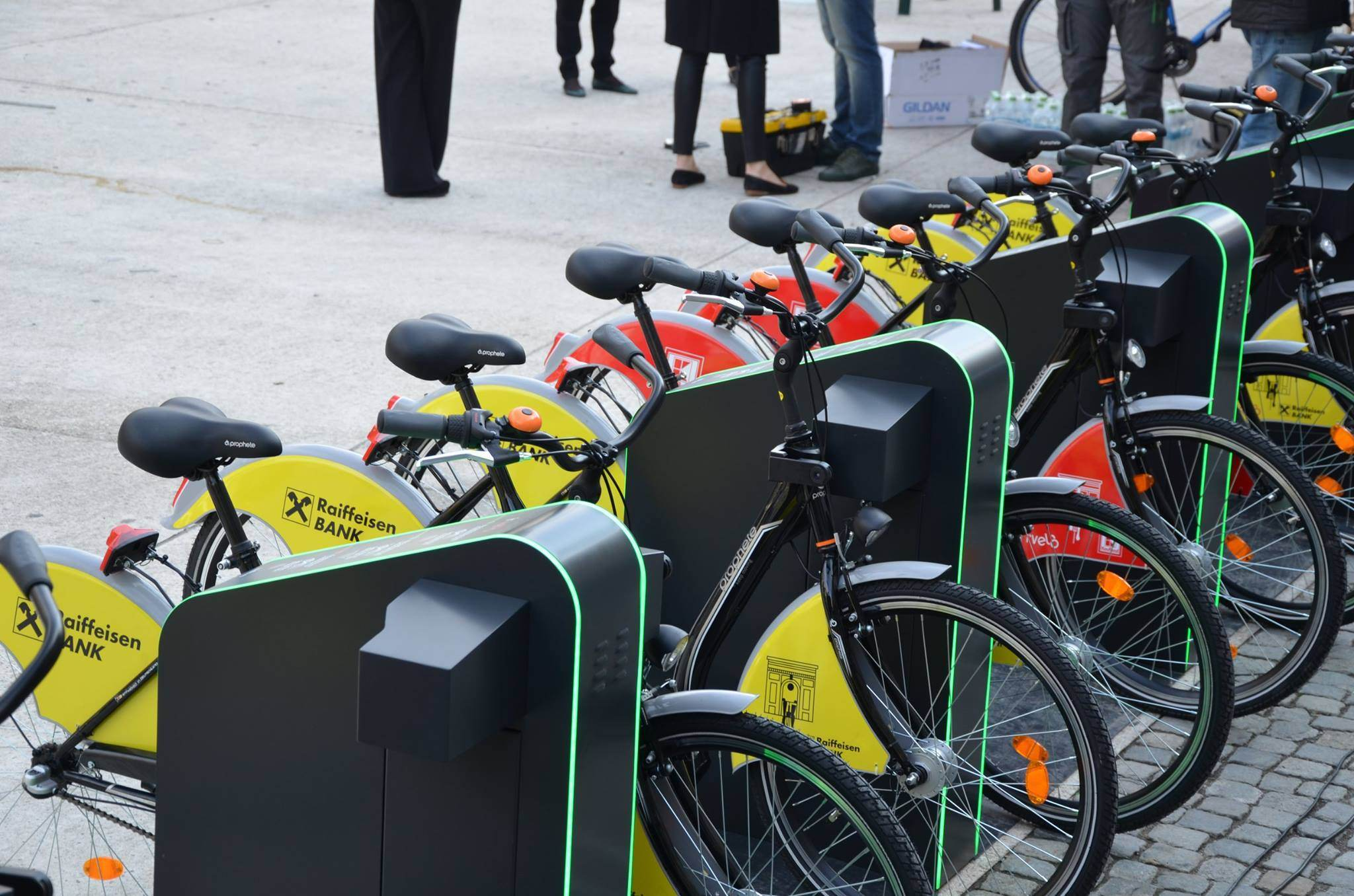 In sfarsit, bike-sharing automatizat in Bucuresti. S-a lansat I'Velo Urban.