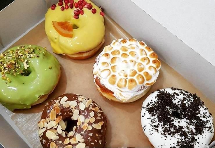 Unde mananci gogosi fancy aka donuts, in Bucuresti 2016
