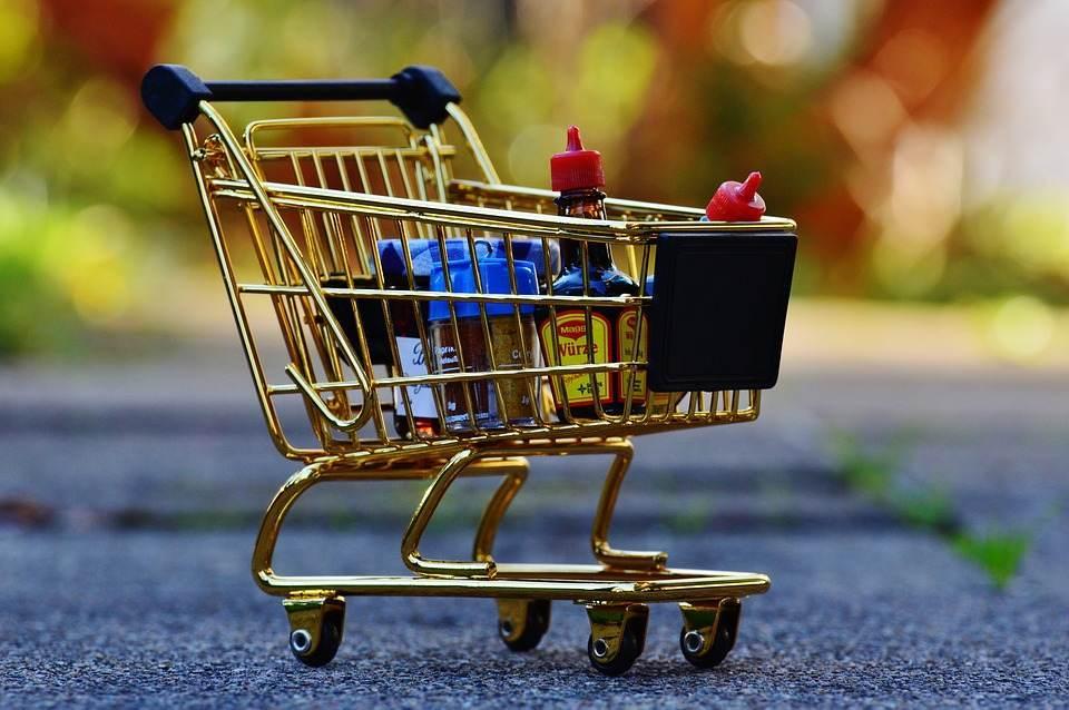 Programul supermarketurilor de sarbatori